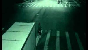 Ángel de la Guarda salva a un hombre en China